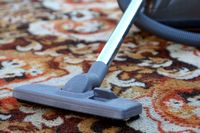 почистити килим