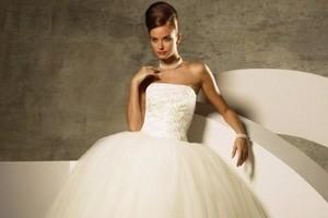 як прати весільну сукню