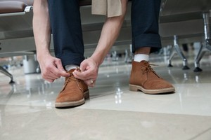 acb615acf Как стирать замшевую обувь и быстро удалять пятна?