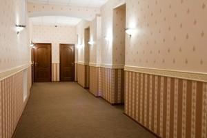 як вибрати шпалери в коридор