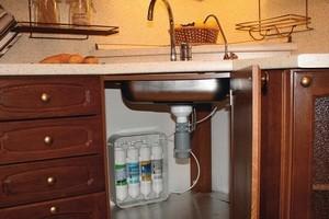 як вибрати фільтр для води на кухню