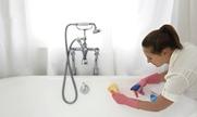 догляд за акриловою ванною