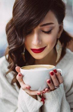 як вивести пляму від кави з білого