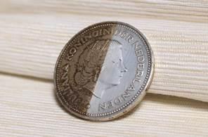 ніж чистити старі монети