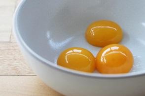 яєчні жовтки