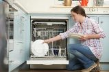 неприємний запах в посудомийній машині