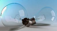 чому лампочки часто перегорають