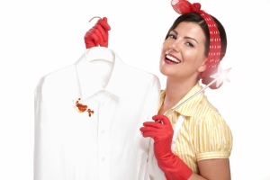 как отмыть кровь с белой одежды