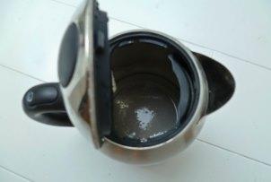 накип в чайнику